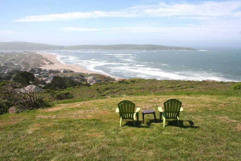 'Abalone Alcove'PoolTable,HotTub, 2 min to Beach!, vacation rental in Dillon Beach