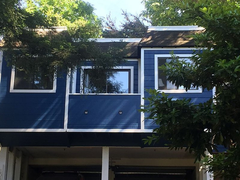 Private, Cozy, Free Standing Cottage - Close to ~SF~, Wine Country & Hiking!, location de vacances à Marin County