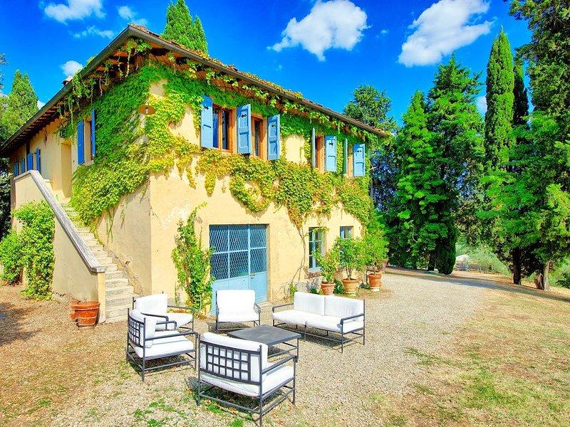 Villa Bibbiano: in the heart of the Chianti Classico area.