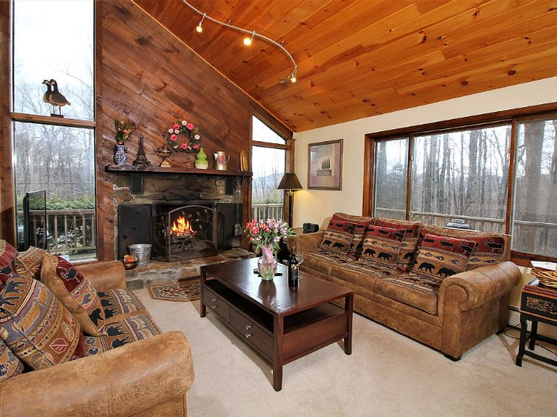 Spacious Home w/game room,minutes away from Killington attractions - Sunset, holiday rental in Stockbridge