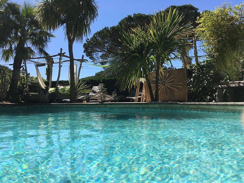VILLA  DE LUXE PISCINE DANS GOLF DE SAINT TROPEZ, holiday rental in Sainte-Maxime