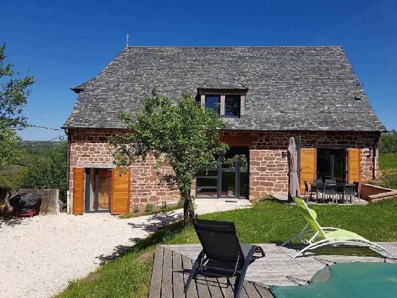 Corrèze, Proche Périgord Noir : Très belle maison avec piscine, holiday rental in Correze