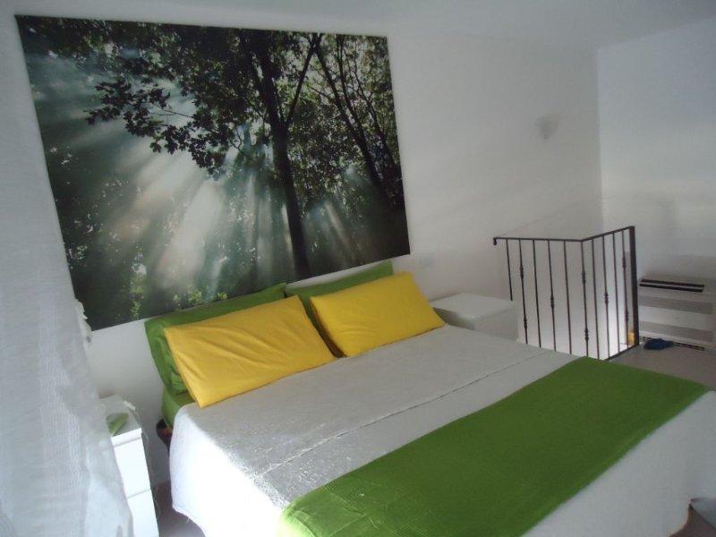 elegante appartamento in riva al mare, vacation rental in Torre Canne