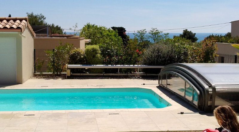 100 m2 with swimming pool and garden, at the foot of Mont St Clair in Sète Sout, alquiler de vacaciones en Sète