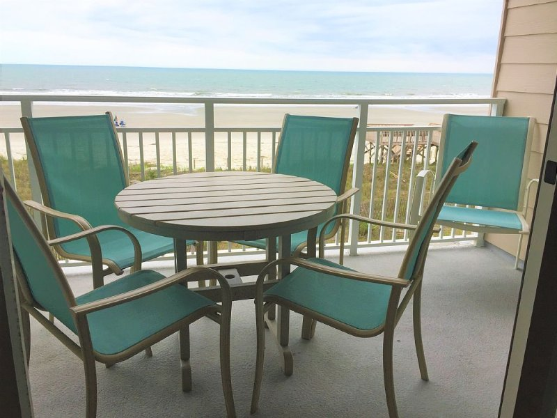Oceanfront Condo, Stunning Views, 2 Bedroom 2 Bath,  West End of Island, vacation rental in Ocean Isle Beach