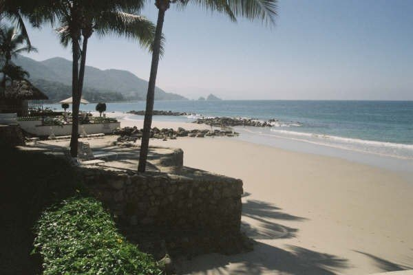 Luxurious Beachfront Villa, 3 Master Suites, Spectacular Views, vacation rental in Puerto Vallarta