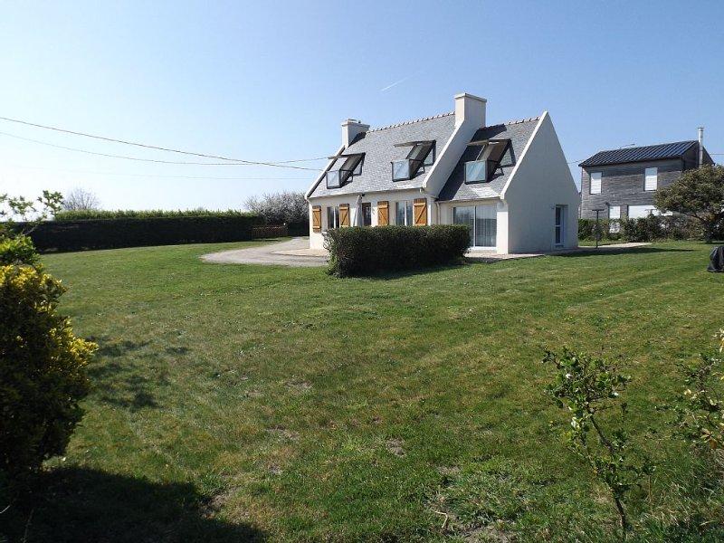 Maison Plouneour-Brignogan-Plages, Bretagne, Finistère, à 150 m de la plage, holiday rental in Lesneven