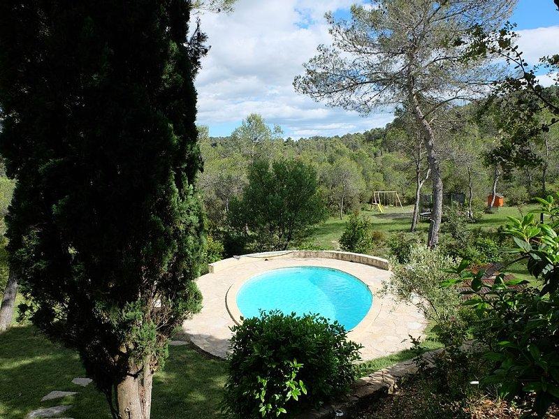 Proche Montpellier Mas Piscine Chauffée 2 hectares (groupe réduit/tarif réduit), aluguéis de temporada em Les Matelles