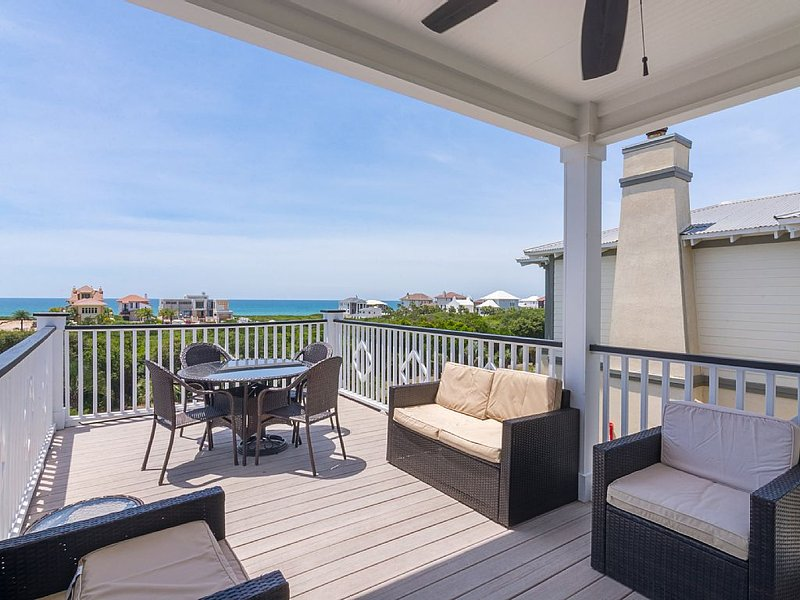 On 30A, Best View in Seacrest, 2 Masters, Large Roof deck, Balcony off all rooms, holiday rental in Seacrest Beach