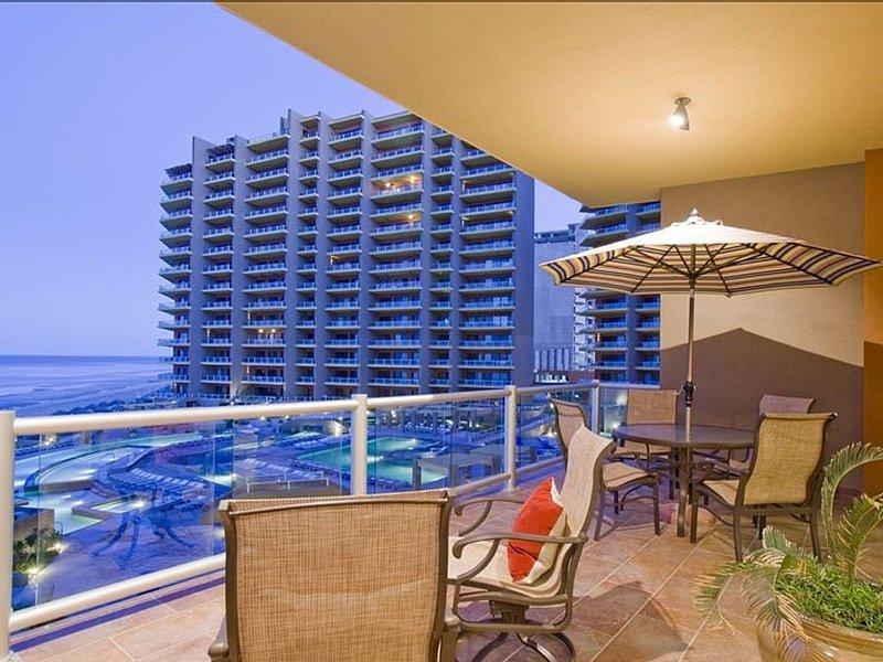 Truly Ocean Front, Coronado Building, Las Palomas Phase II, Condo in Rocky Point, casa vacanza a Puerto Penasco
