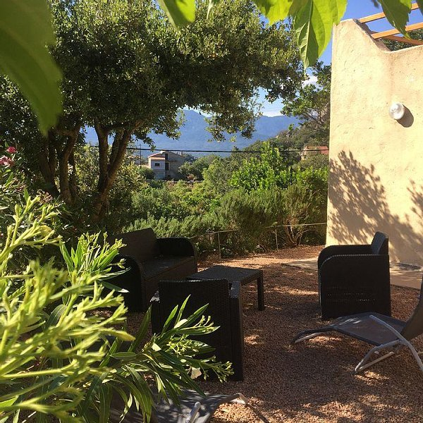 Sublime T3 near beaches and shops, vacation rental in Sotta