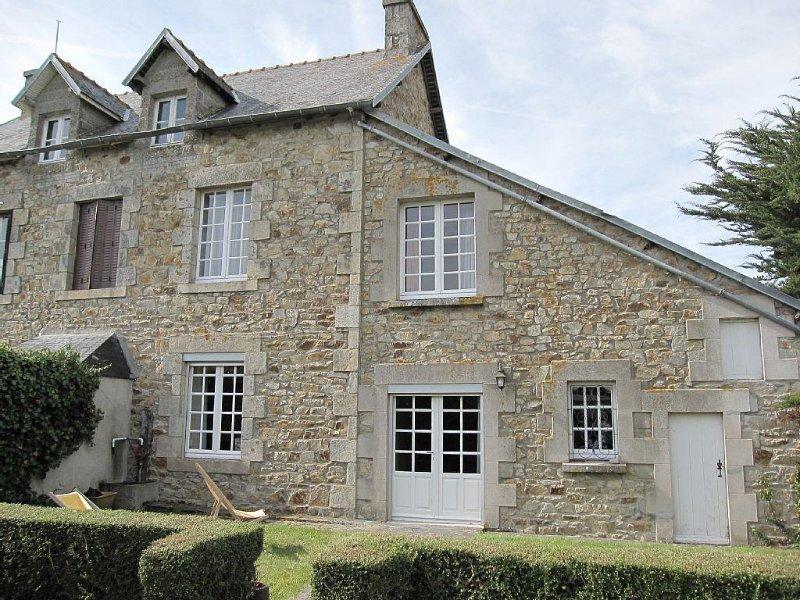 Calme maison familiale  entre mer et campagne, location de vacances à Morieux