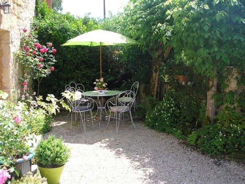 Maison de charme aux Eyzies, vacation rental in Les Eyzies-de-Tayac-Sireuil