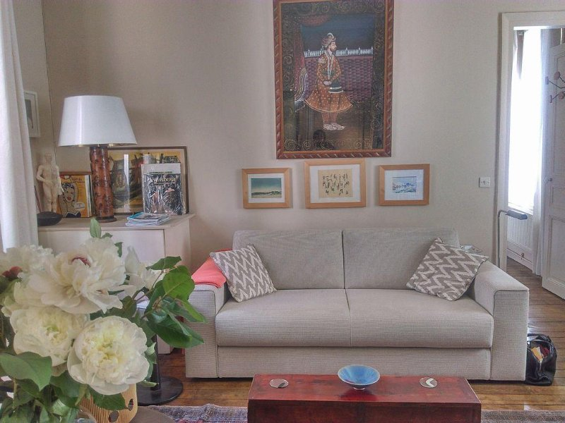 Cosy 2 pieces 40m2 in charming surroundings., vacation rental in Levallois-Perret