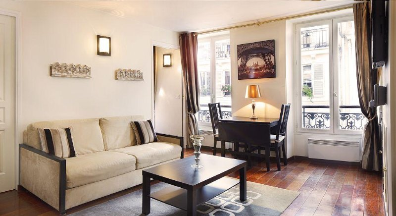 Prestigious Elegance Marais Apartment, AIR CONDITIONING,, location de vacances à Paris
