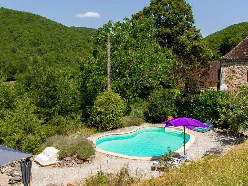 Gite 2 pers. cadre exceptionnel proche Sarlat, location de vacances à Orliaguet