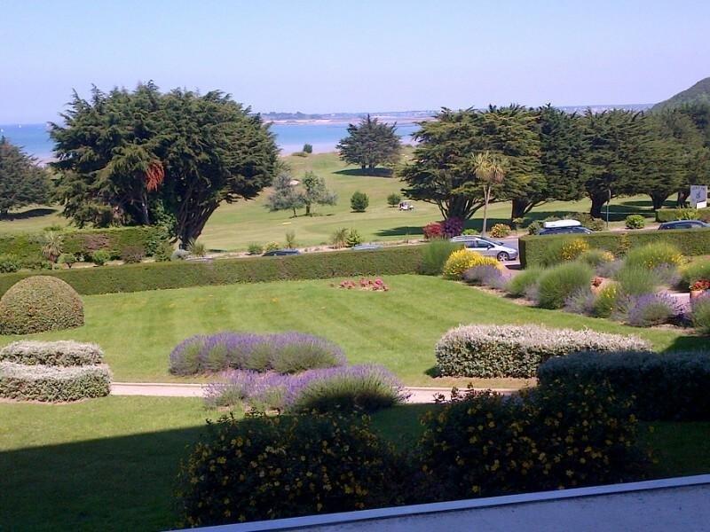Duplex 90m2 vue sur mer,  plage à 100m et golf à 300m, alquiler de vacaciones en Matignon