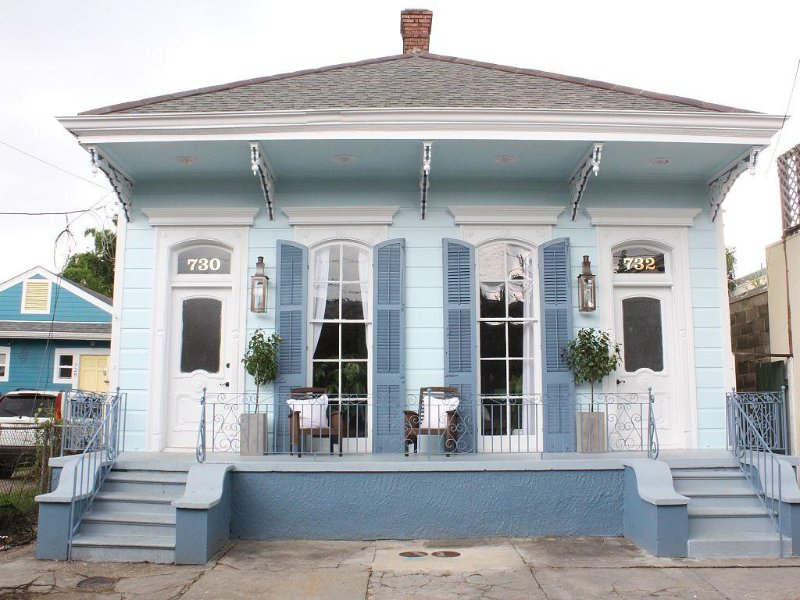 HGTV's BYWATER Beauty as seen on New Orleans Reno - Stunning spacious 1-bedroom, location de vacances à Chalmette