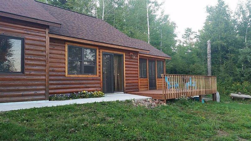 Superior Views - a safe place on 13 acres With A Private Wilderness Setting, location de vacances à Lutsen