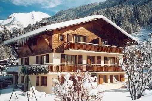 Appartement dans chalet Savoyard proche commodités, pistes et activités., location de vacances à Les Contamines-Montjoie