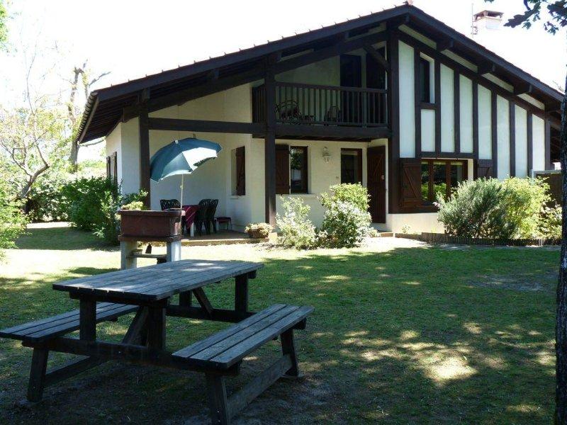 Typical Landes Villa - 105 m² - 3 CH - quiet - no traffic, location de vacances à Vieux-Boucau-les-Bains