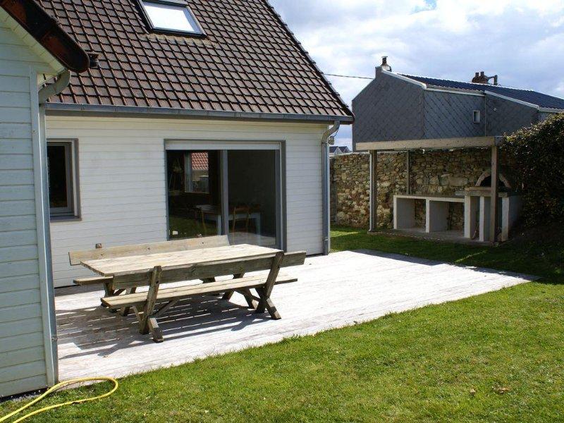 Nouveau sur Wimereux. Au calme.Villa 12 personnes à 200 m plage et 500 m centre, holiday rental in Wimereux