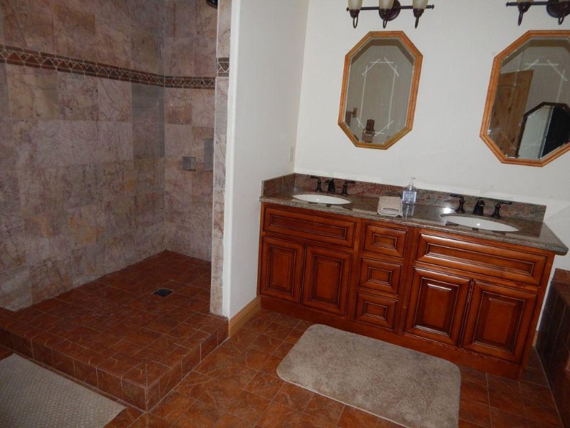 Walk in shower and bathroom
