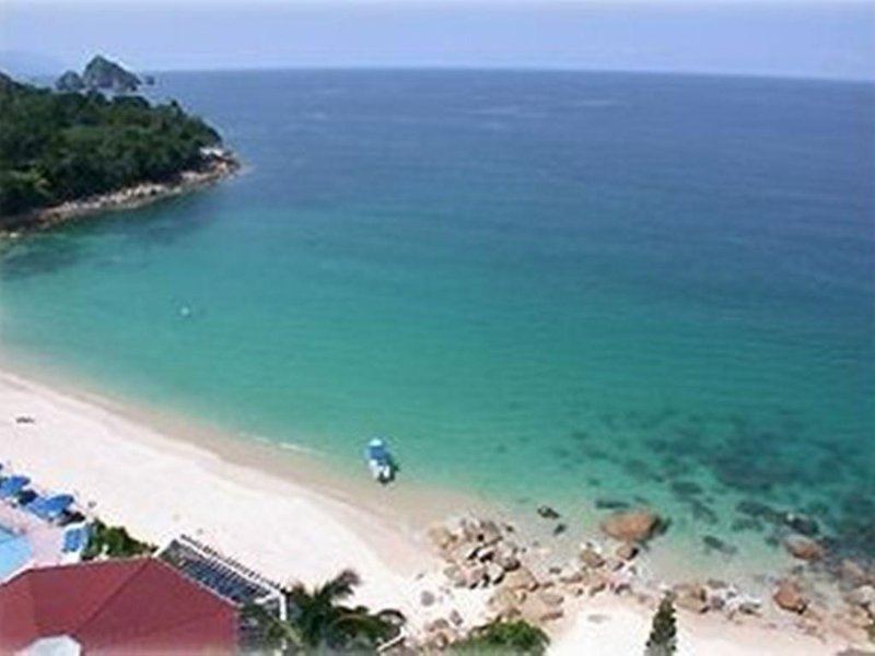 Prime Oceanfront In Paradise, holiday rental in Boca de Tomatlan