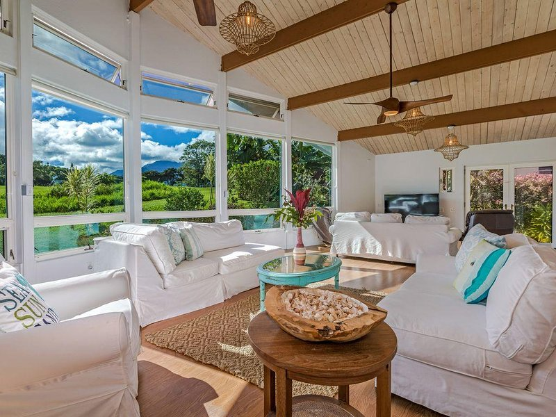 Spacious Family-friendly Home with A/C!!   - Amazing Floor to Ceiling Views, vacation rental in Princeville