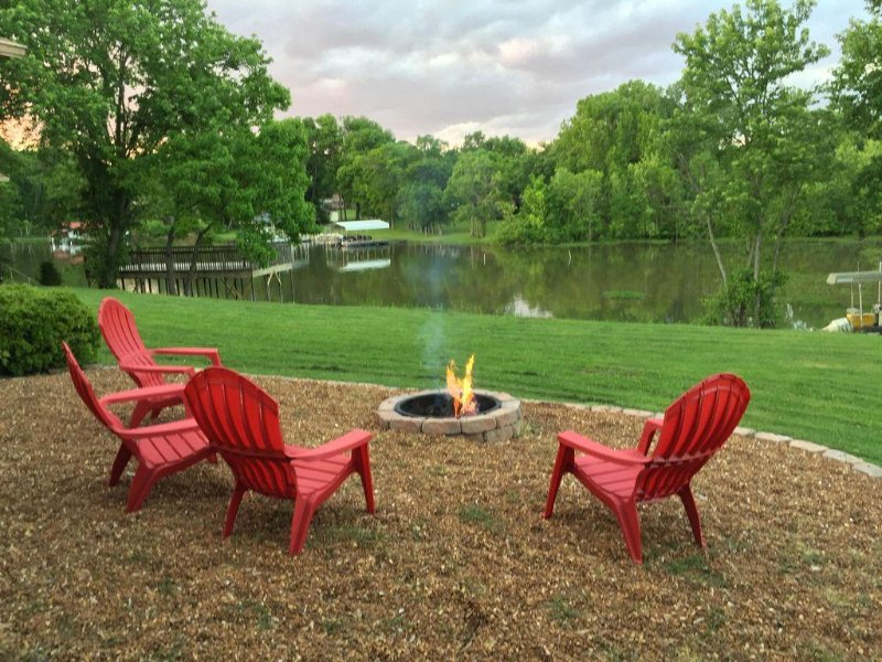 Enjoy Firepit by the lake. Great place to hangout out with family and friends