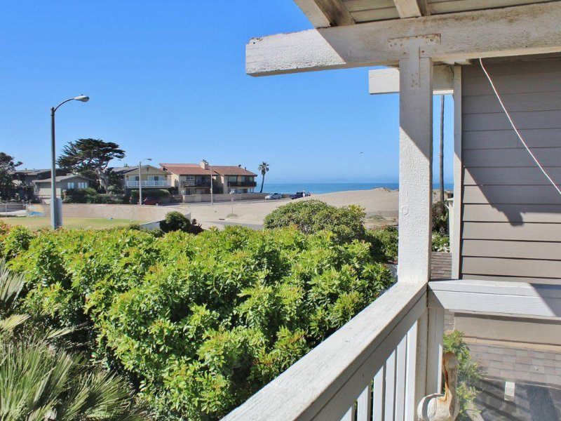1235 NB Pierpoint Beach-Your Home Away from Home!, location de vacances à Ventura