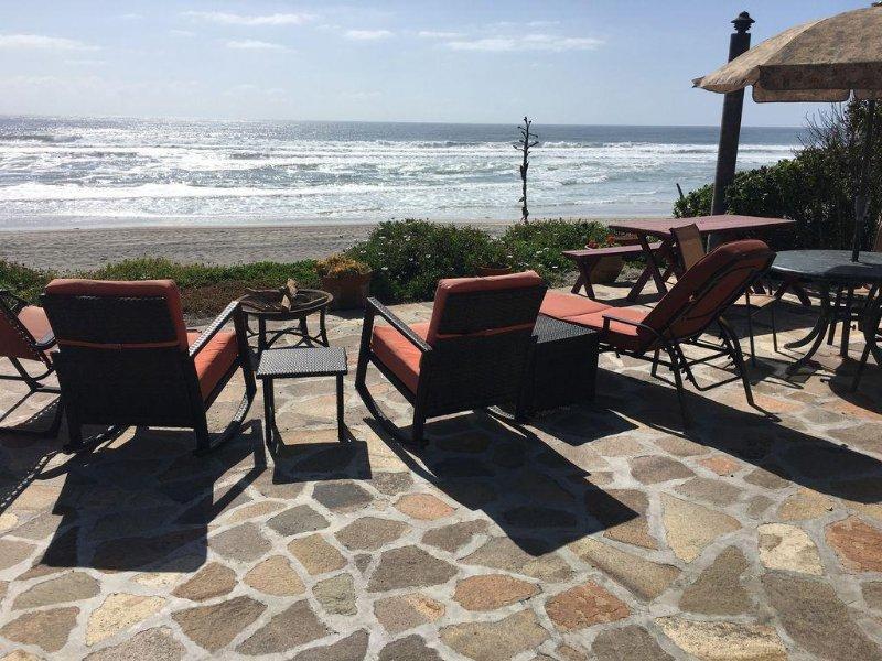 Playa La Mision Beachfront Home, Ferienwohnung in Baja California Norte