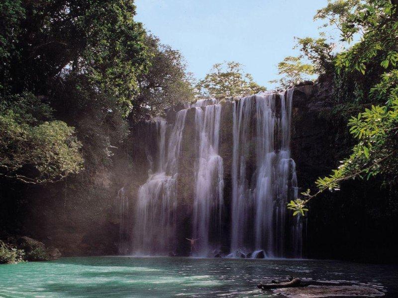 waterfall near La Fontana