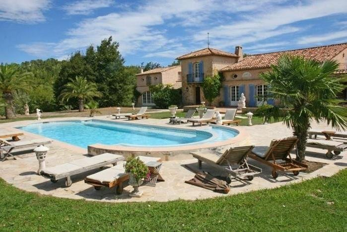 SUPER 360  VIEW! BIG, COOL & PRIVATE, POOL SPA, SAUNA ! FUN!, casa vacanza a Roquefort les Pins