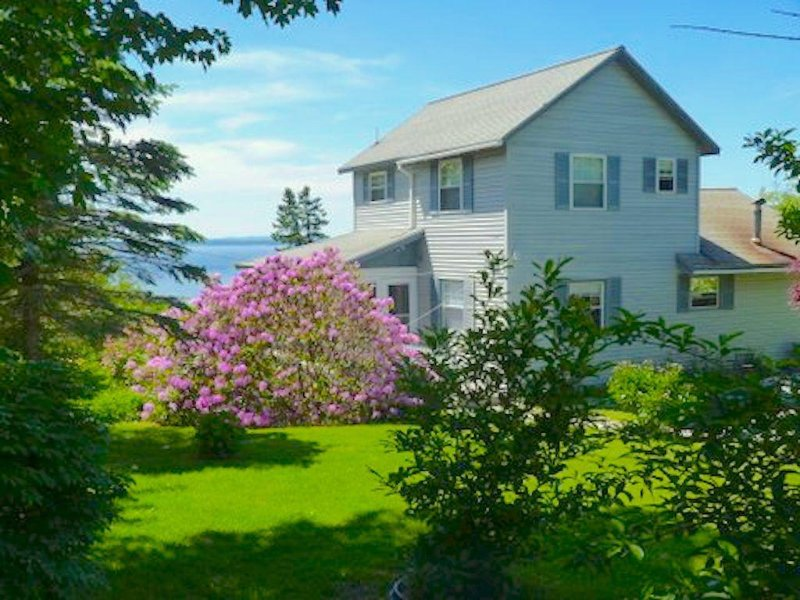 Oceanfront Home Overlooking Penobscot Bay , Castine Maine. History abounds !, vacation rental in Brooksville
