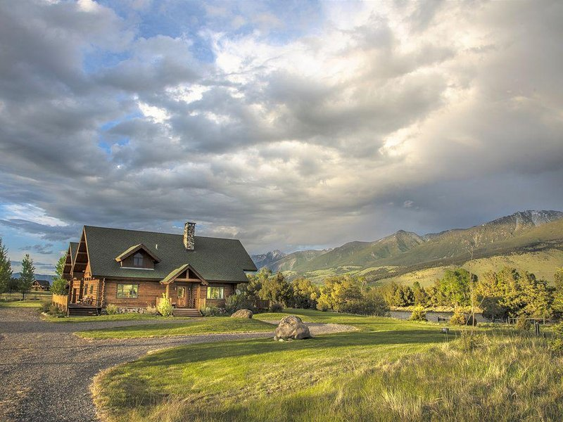 Welcome to Angler's Haven on the world famous Yellowstone River!
