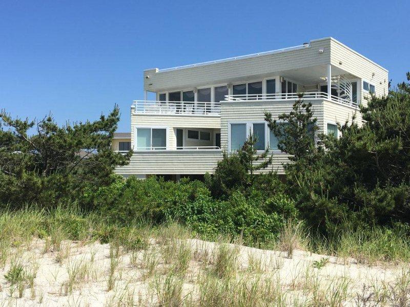 Luxury LBI OCEANFRONT w/ Ocean, Bay, Wildlife Views & one-of-a-kind location, holiday rental in Long Beach Island