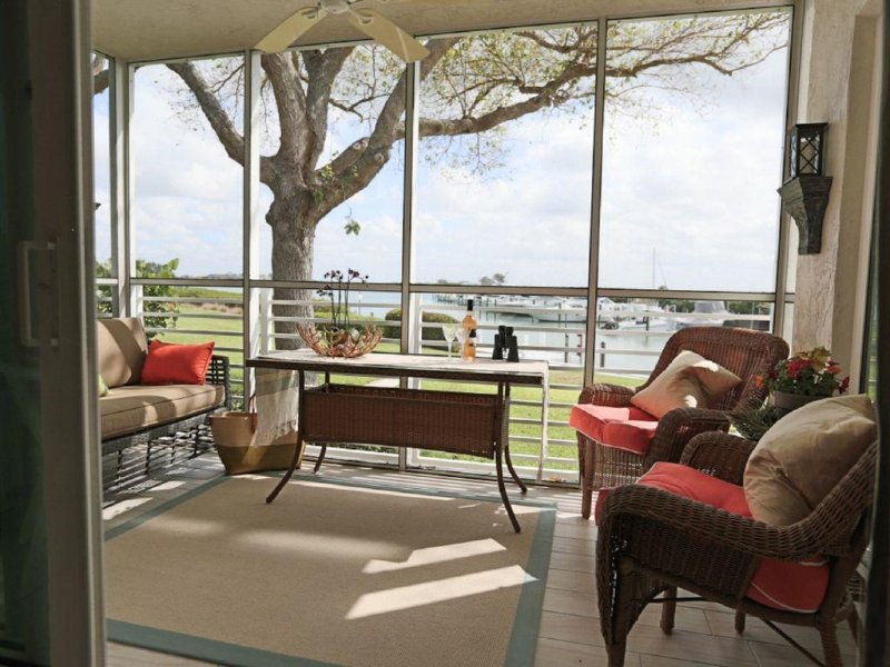 Boca Grande Waterfront One Bedroom Condo On Gasparilla Island; Boca Grande Club, aluguéis de temporada em Little Gasparilla Island