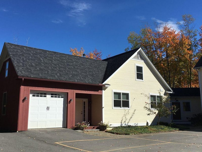 Beautiful home close to Smugglers Notch ski resort, holiday rental in Jeffersonville