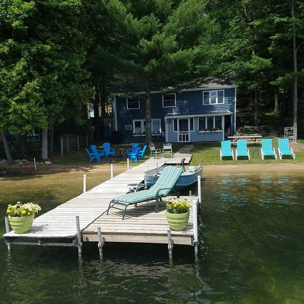 Enjoy our cottage on the sandy beach!  It's perfect!!  It really is...., vacation rental in Grand Traverse County