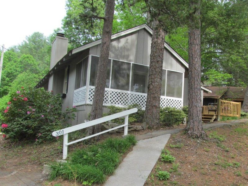 Family Friendly for a Fun-filled Vacation, vacation rental in Murphy