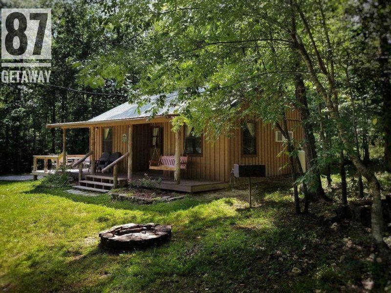 The 87Getaway Cabin #2, casa vacanza a Mountain View