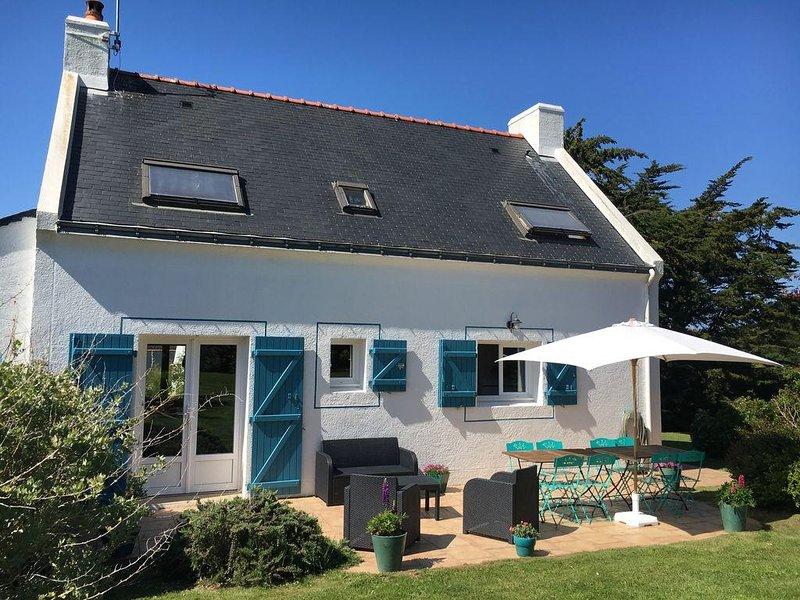 Maison belle iloise offrant un confort moderne et chaleureux, alquiler vacacional en Morbihan
