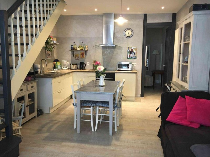 Charmant duplex Hyper centre, holiday rental in Le Grand-Quevilly