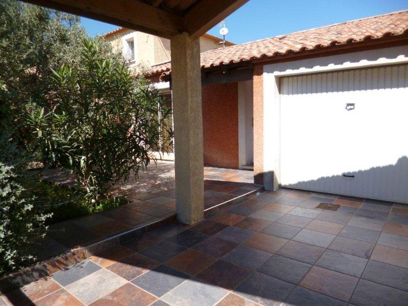 Villa de vacances de 76 m² tout confort - proche de la plage - Narbonne-Plage, vacation rental in Narbonne