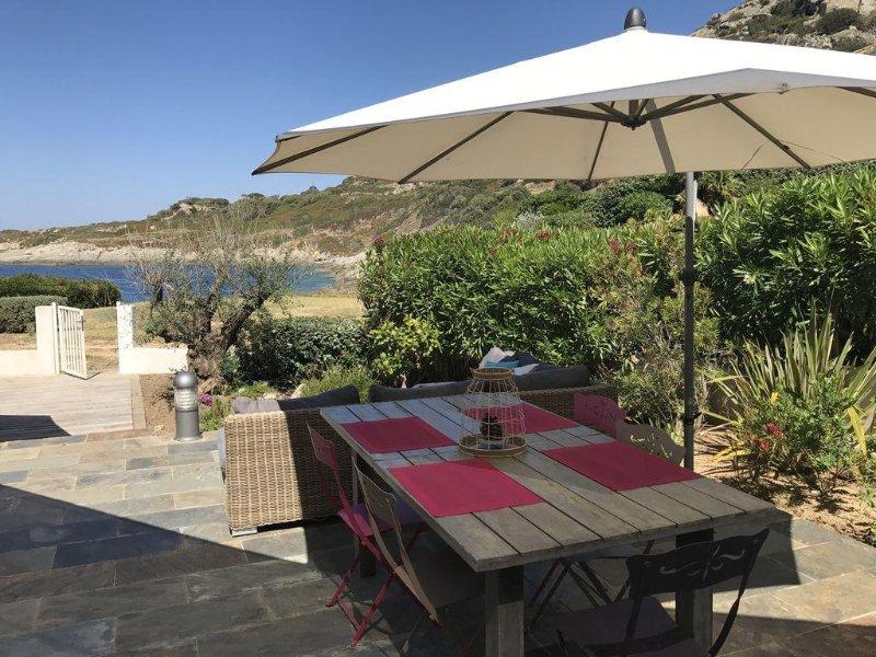 Maison Pieds dans l'eau Calme Marine de Sant'Ambroggio Lumio - 6pers, vakantiewoning in Calvi