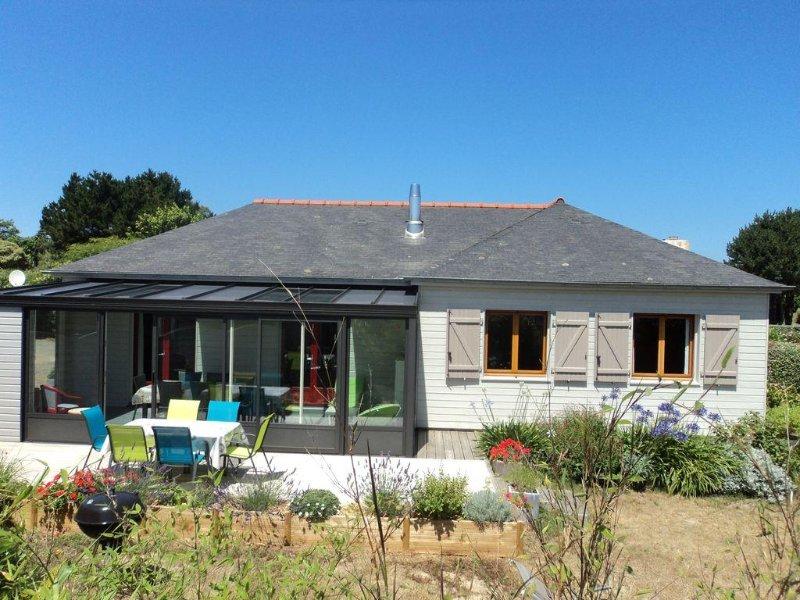 Pink granite coast 300 m from the beach, single storey house classified 3 ***, casa vacanza a Pleumeur Bodou