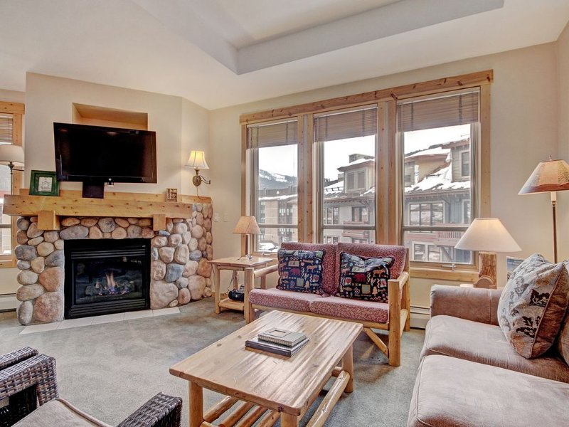 TX414 Comfortable Condo, Outstanding Location, alquiler vacacional en Copper Mountain