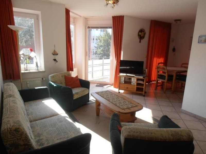 Beautiful 2-room apartment., approx. 55m², Non smoking, 1st floor with south-fa, casa vacanza a Duhnen