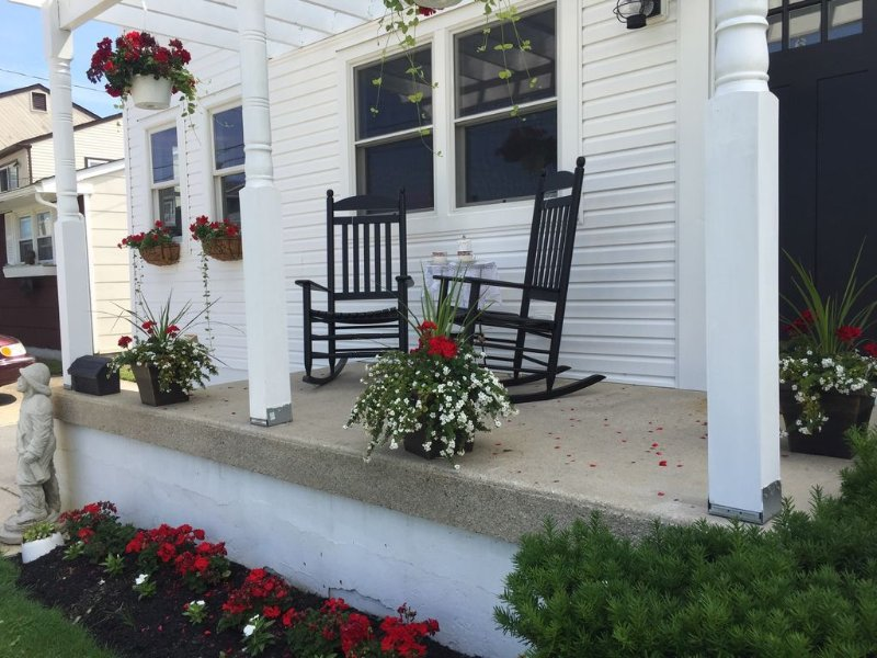 New Listing!!! : Brigantine Beach Beauty Just A Block And 1/2 From The Beach!, vacation rental in Brigantine